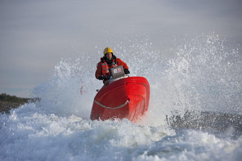 Knut Hveding øver med rescuerunneren Østfold